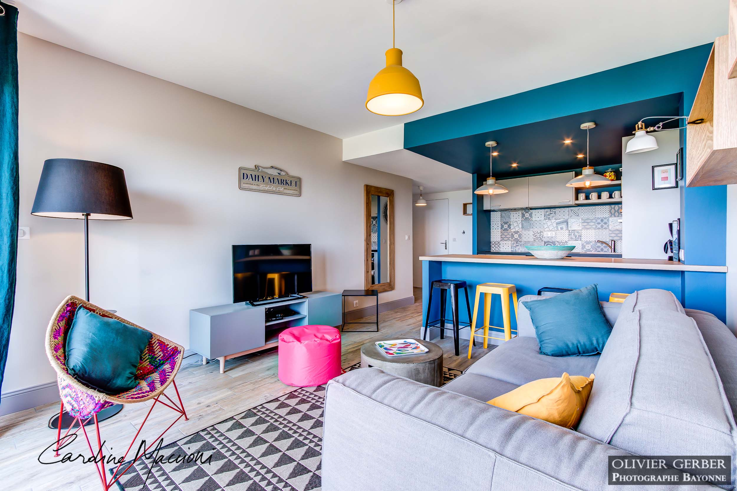 Décoration d'intérieur appartement location saisonnière Anglet 64 rénovation et aménagement F2 vacances Les Dunes Côte Basque 64
