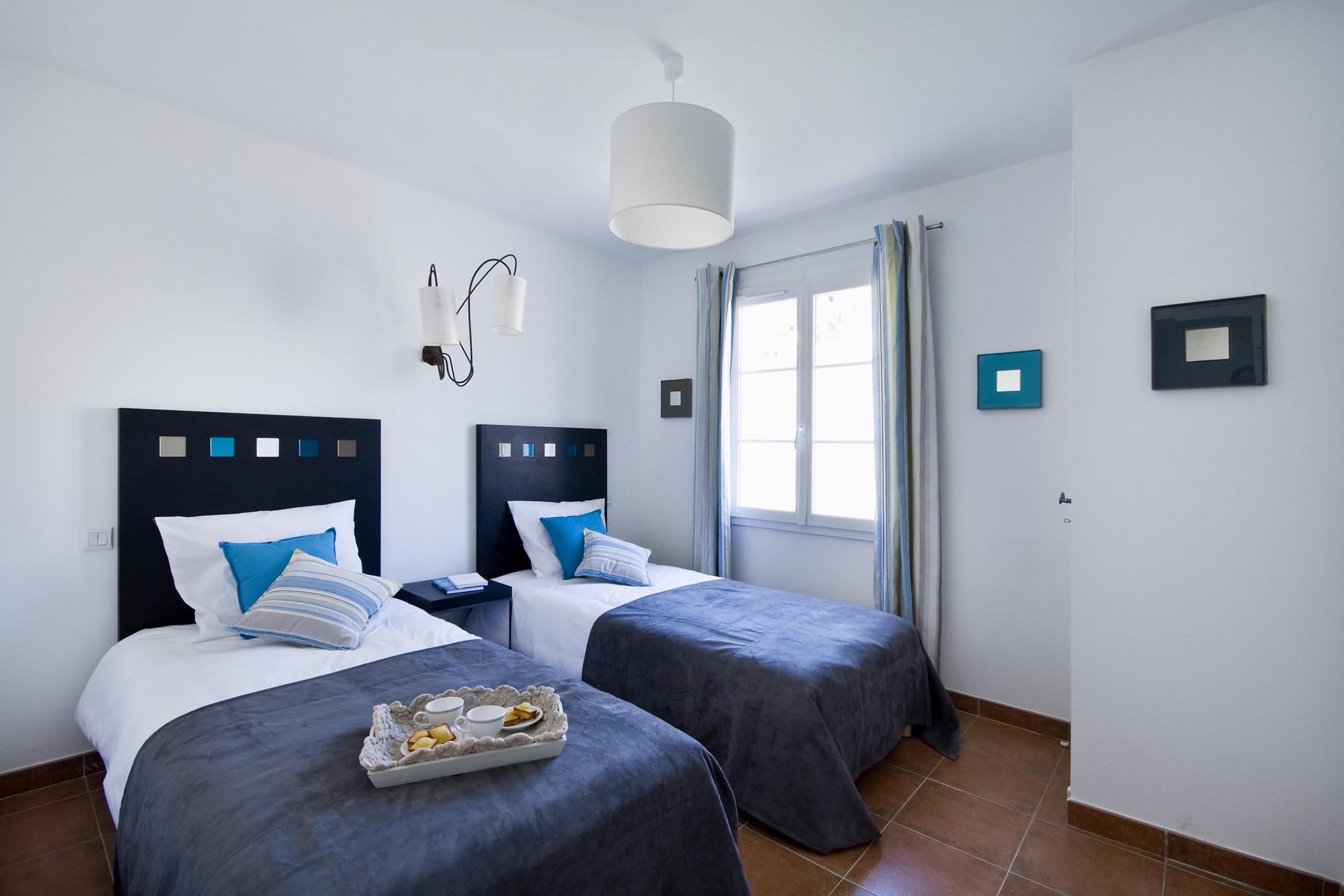 Décoration d'intérieur et aménagement villa de luxe prestige Domaine de l'Eilen Cavalaire sur Mer Var 83 Provence Alpes Cote d'Azur
